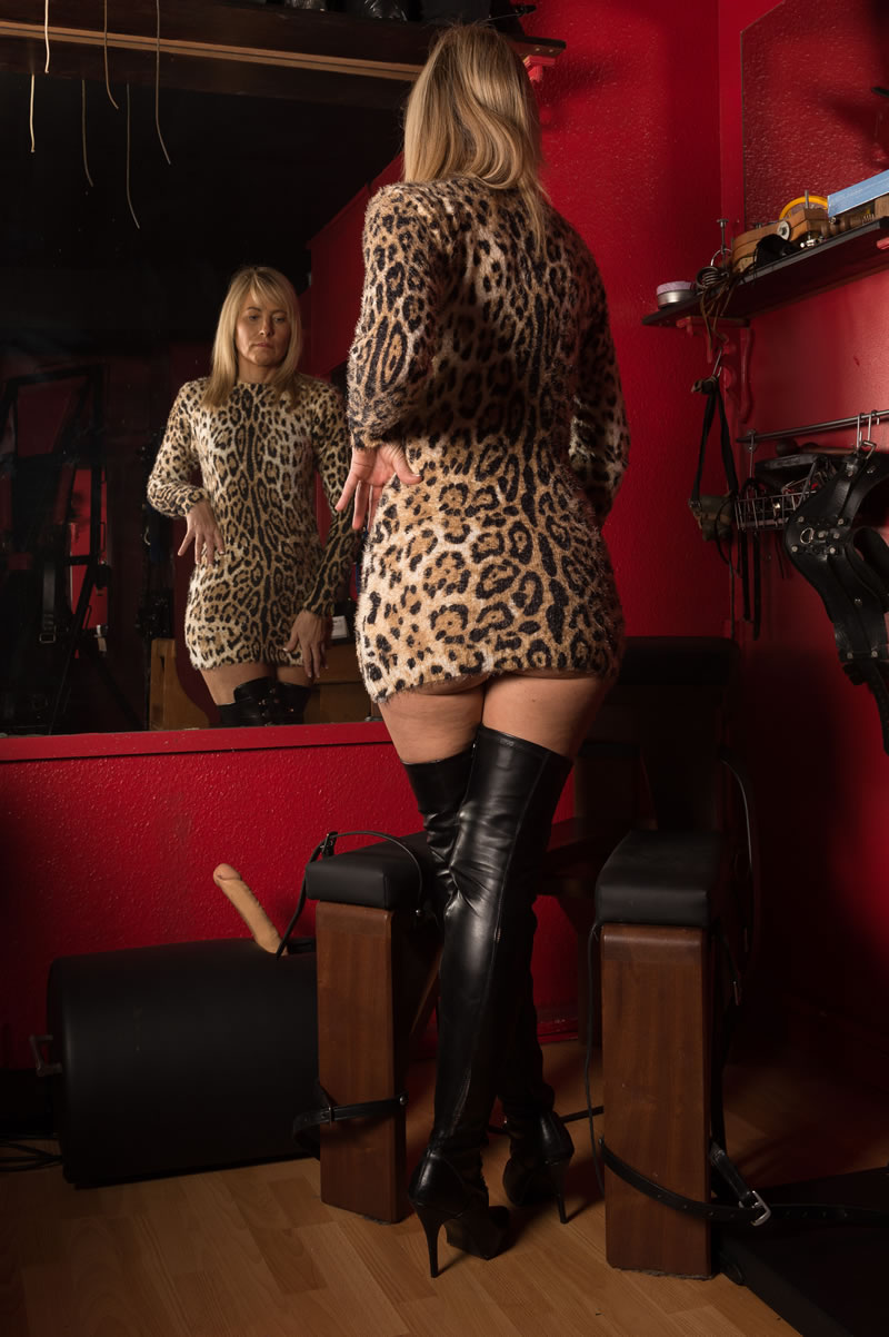 Gallery Manchester Mistress Bryce Jones